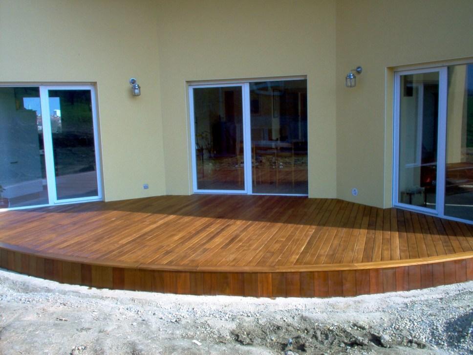 Terrasse maison en teck vercors piscine - Terrasse teck piscine ...