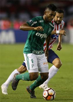 Borja enfrenta o Junior, em Barranquilla