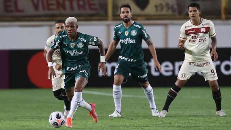 Universitário x Palmeiras