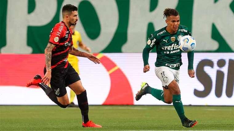 Gabriel Veron enfrenta o Athletico-PR no Allianz Parque, pelo Campeonato Brasileiro
