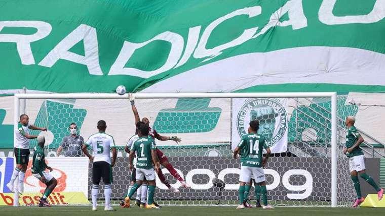 Palmeiras em jogo contra o América-MG, durante partida válida pela quinta rodada, do Brasileirão 2021, no Allianz Parque.