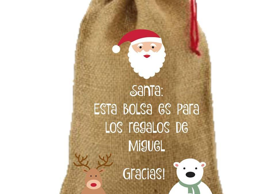 Envolver los regalos de navidad