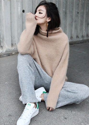 StanSmith_cozy_sweater