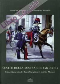 i carabinieri vestiti militari