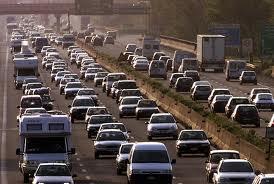 auto in autostrada