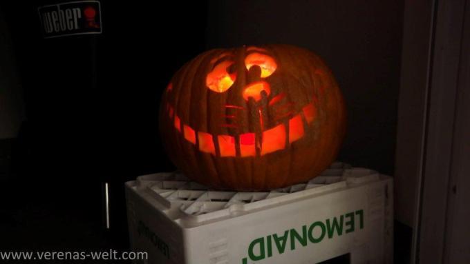 Howto: Halloween Kürbis schnitzen: Grinsekatze