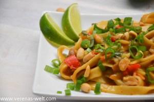 One Pot Pasta: Thai Peanut Pasta
