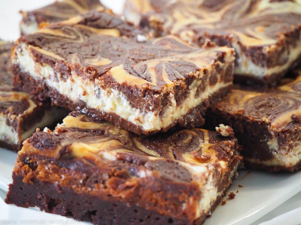 Suftersaftige Cheesecake-Brownies