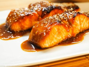 Miso-Honig-glasierter Lachs