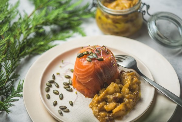 Timbal de salmó fumat amb chutney de mango - Receptes - Veritas