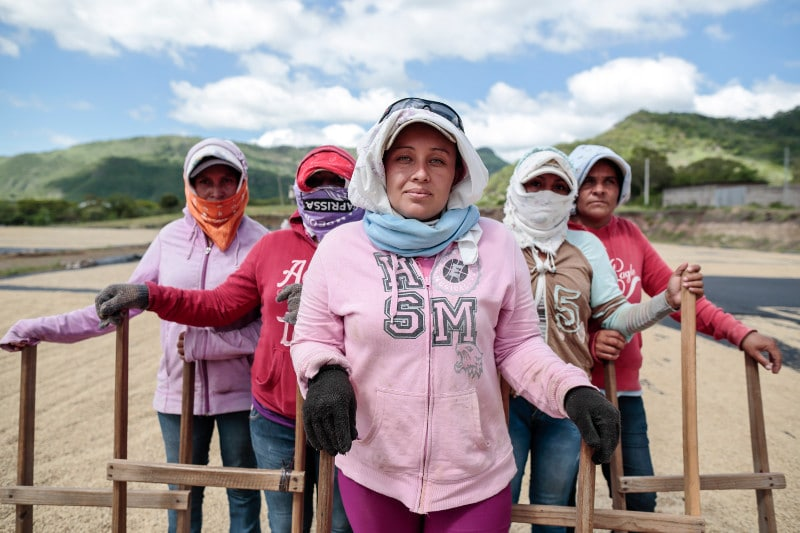 Female Workers at La Providencia by Oscar Leiva for CRS