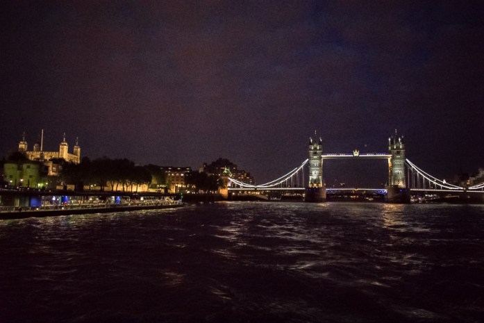 Boat Cruise River Thames - Veritru - The Best Things To Do In London