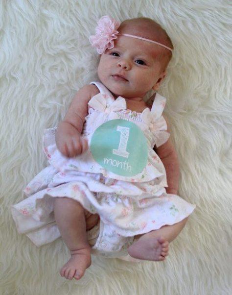 cf3225c2246c Harper Reese- 1 Month Old! - Veronika's Blushing