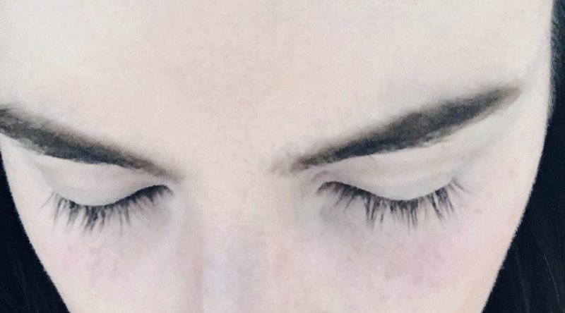 My Experience With Lash Extensions A Cautionary Tale Veronikas