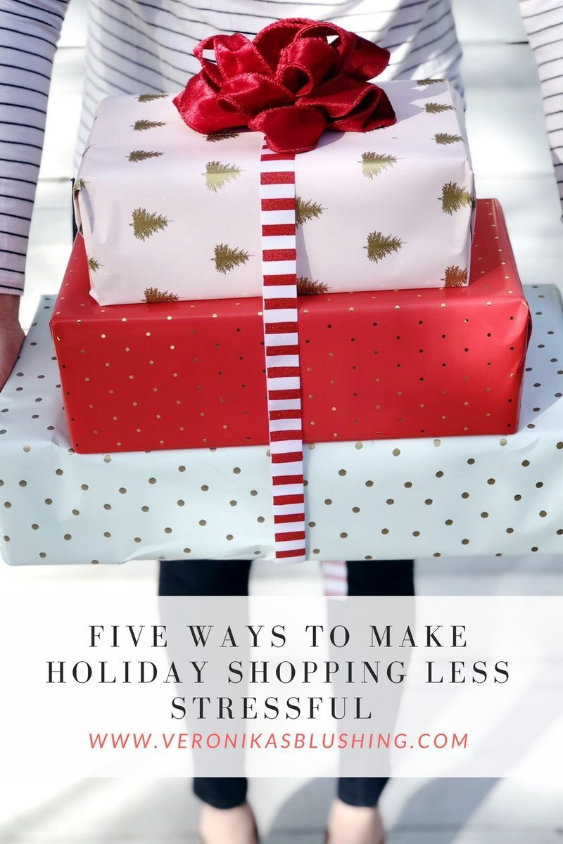 Five Ways to Make Holiday Shopping Less Stressful + $100 Nordstrom Gift Card Giveaway