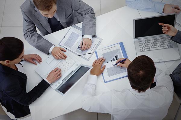regulamentar as atividades empresariais
