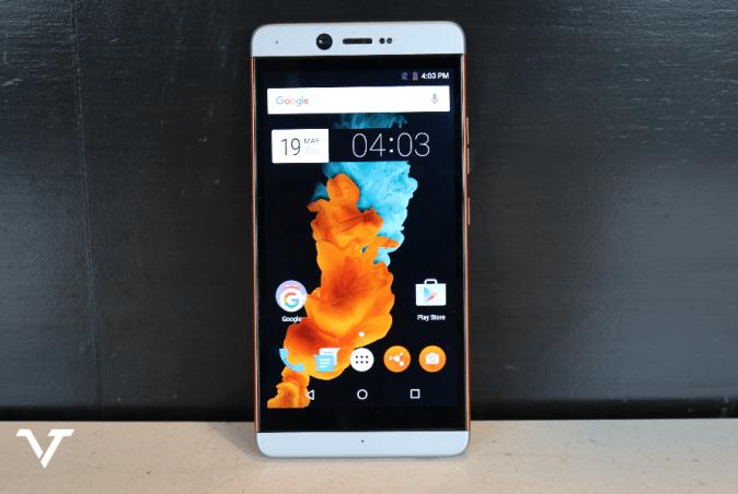 Smartron tphone Smartphone