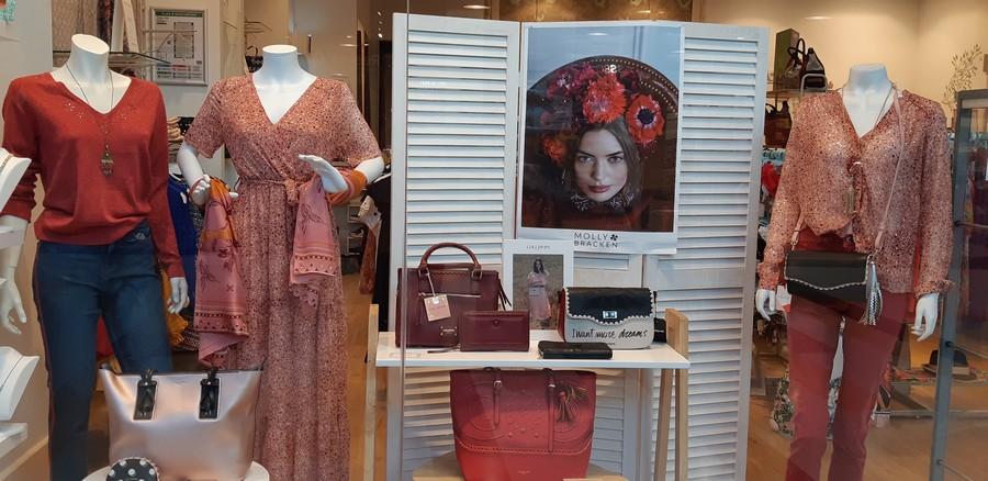 Vue intérieur boutique Version Mode France