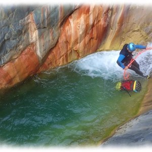 Stages & voyages canyoning