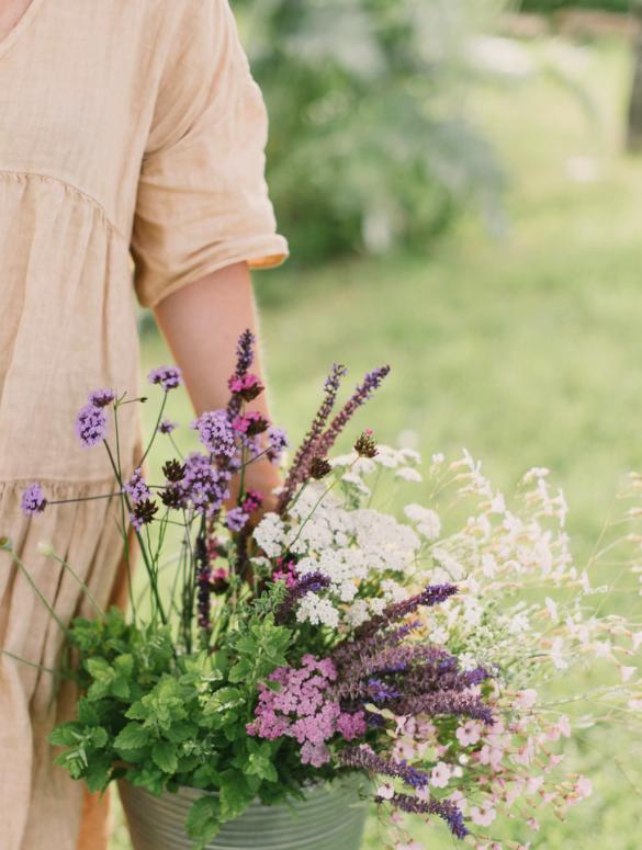 Wildflower Waiheke. Photography—Lisa Poggi Photography.