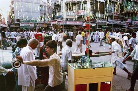 Zaveri Bazaar and Jeweller's Showroom