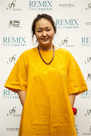 Designer Altynai Ozmoeva