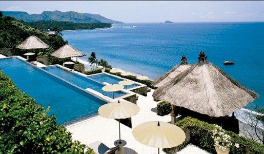 Amankila three-tiered pool