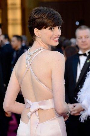 Anne Hathaway, 2013