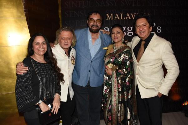 Bindu Kapoor, Rohit Bal, Kabir Bedi and Aarti and Kailash Surendranath