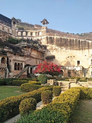 The garden at Ummed Mahal, outside the Chitrashala