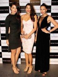 Deepti Gujral, Hemangi Parti, Candice Pinto