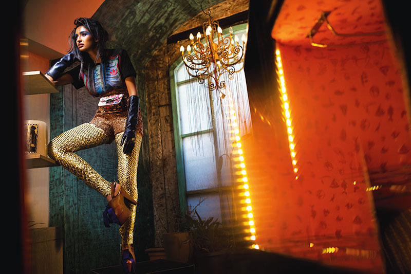 Bright Colours, Psychedelic Prints, Opulent Origami Silhouettes, Metal Embellishments, Fashion, Get The Look