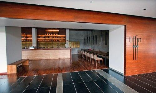 Tiffin bar: inviting ambience