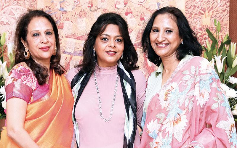 Parul Patel, Kaushika Hemdev, Rekha Jhunjhunwala