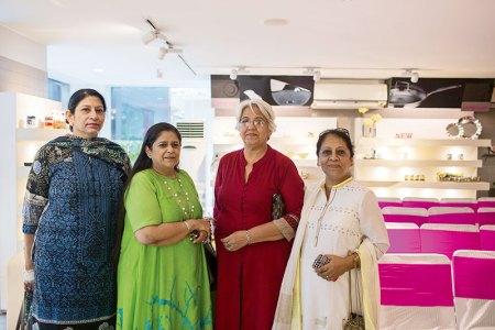 Indu Bhalla, Sangeeta Suri, Amita Dhara, Krishna Das