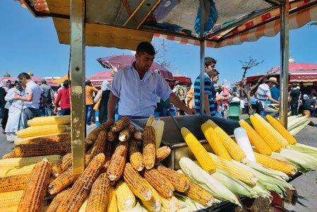 Misir or corn seller