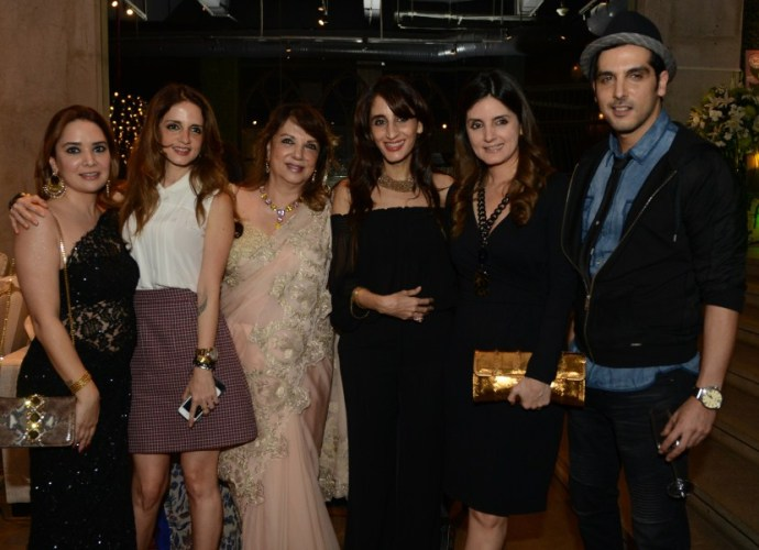 Mallika Khan, Sussanne Khan, Zarine Khan, Farah Khan Ali, Simone Arora, Zayed Khan