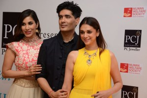 Sophie Chowdry, Manish Malhotra, Aditi Rao Hydari