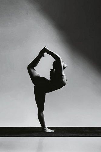 Natarajasana (the dancer pose)