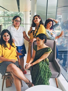 Nisha Susan, Paromita Vohra, Tista Sen, Aditi Mittal and Polly Hazarika strike a pose at Wandering Women