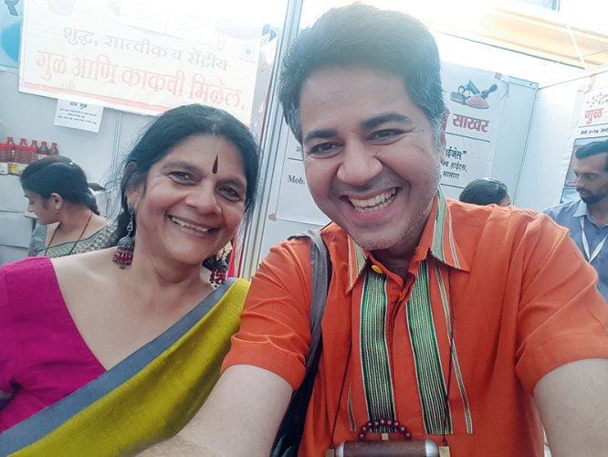 Parmesh with Chetna Sinha the founder of Mann Deshi Foundation
