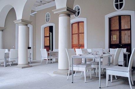 Villa Shanti: French charm