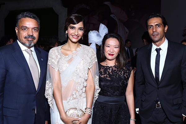 Ravi Thakran, Sonam Kapoor, Wei Ling, Arjun Rampal