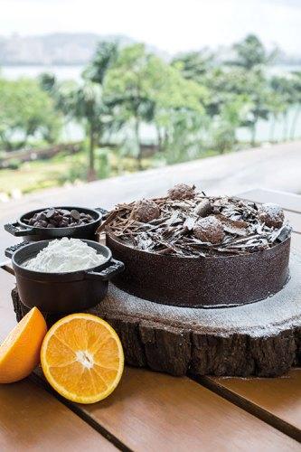 Grand truffle cake