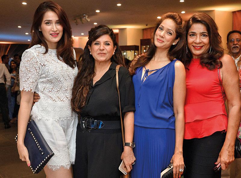 Sagarika Ghatge, Babita Malkani, Vidya Malvade, Rashmi Uday Singh