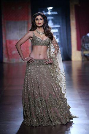 Shilpa Shetty for Rimple and Harpreet Narula