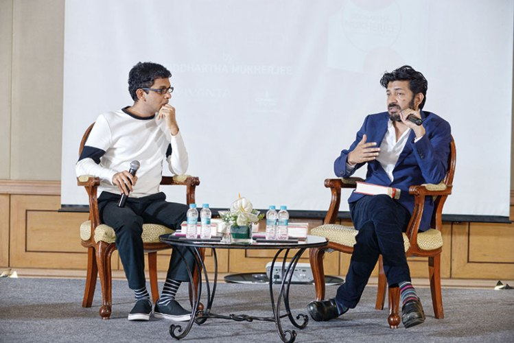 Siddhartha Mukherjee (right) in conversation with Rohan Murty at the launch of The Gene in Mumbai
