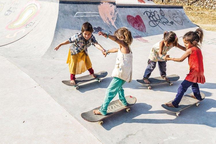 Girls skateboarding at Janwaar Castle
