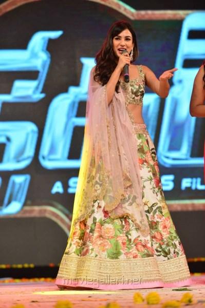 Sonal Chauhan in Anushree Reddy