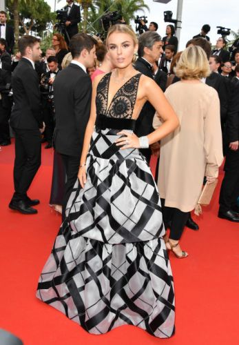 Tallia Storm in Yanina couture